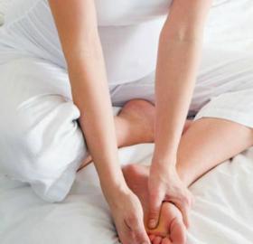 При беременности отекают ноги: что делать?